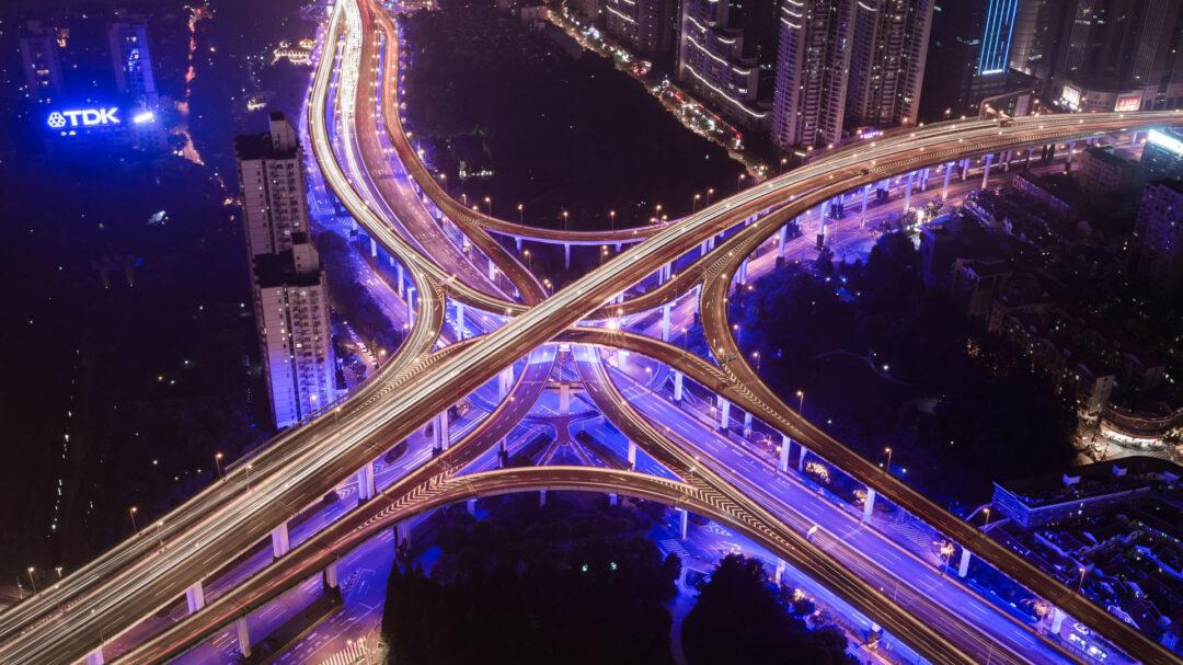 Светофор или круговая развязка: на что похожа ваша организация?